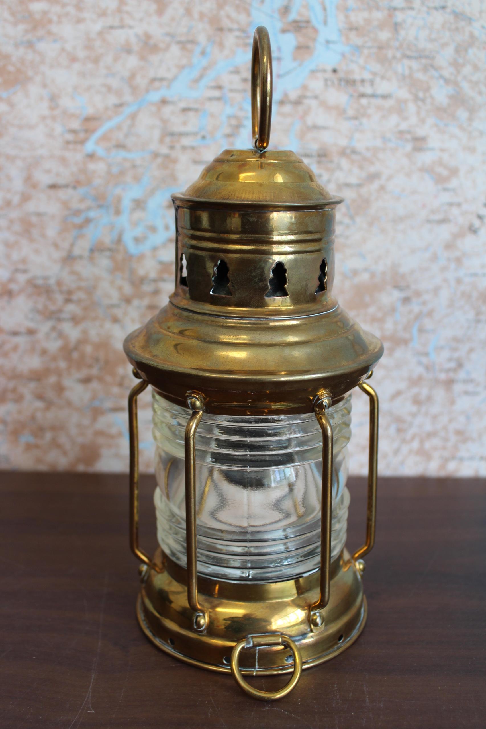 L40 Small Brass Anchor Lantern
