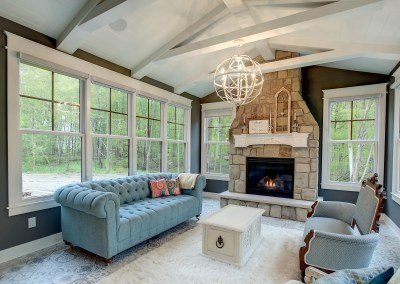 Chic Vintage Farmhouse