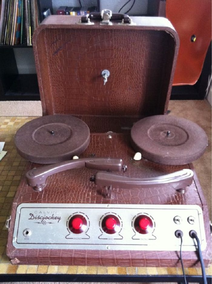 The Electric Banana Weird Vintage Turntables