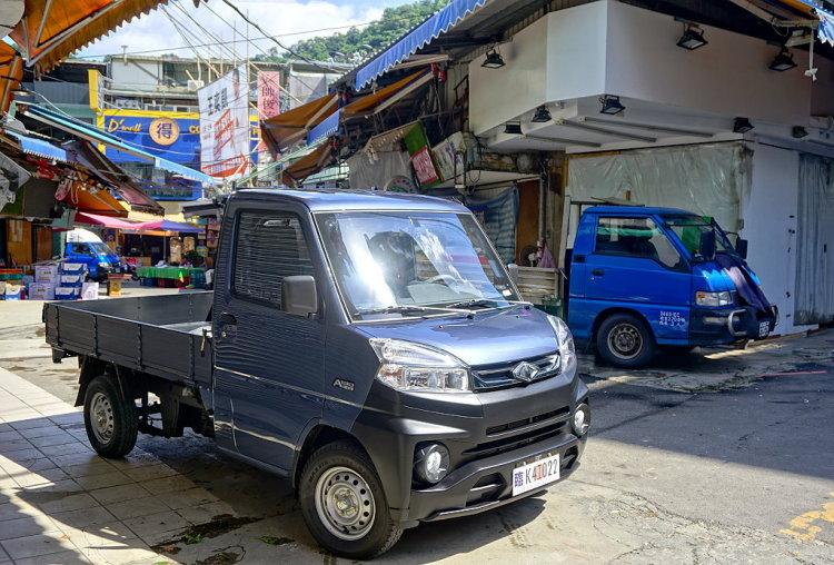 CVNews 商業車誌:幾乎都到位了!小發財大神車-中華菱利A190自排試駕體驗