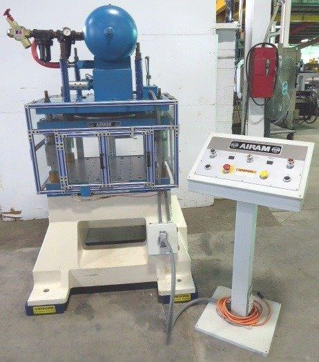 AIRAM PNEUMATIC FOUR POST PRESS - 30314