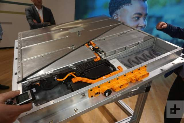 deep dive into vws new ev architecture vw meb car battery case