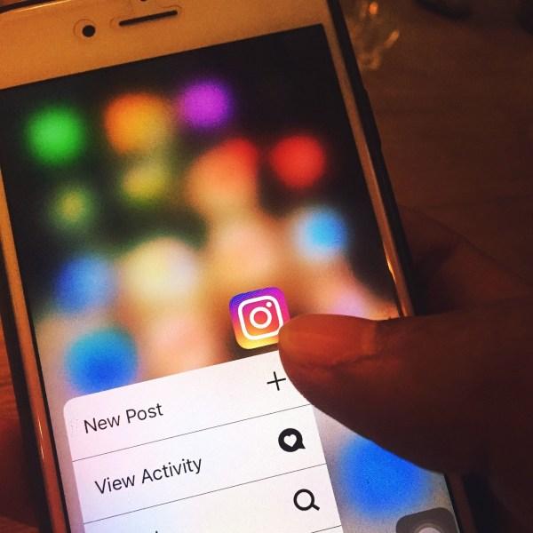 Instagram open in cellphone.