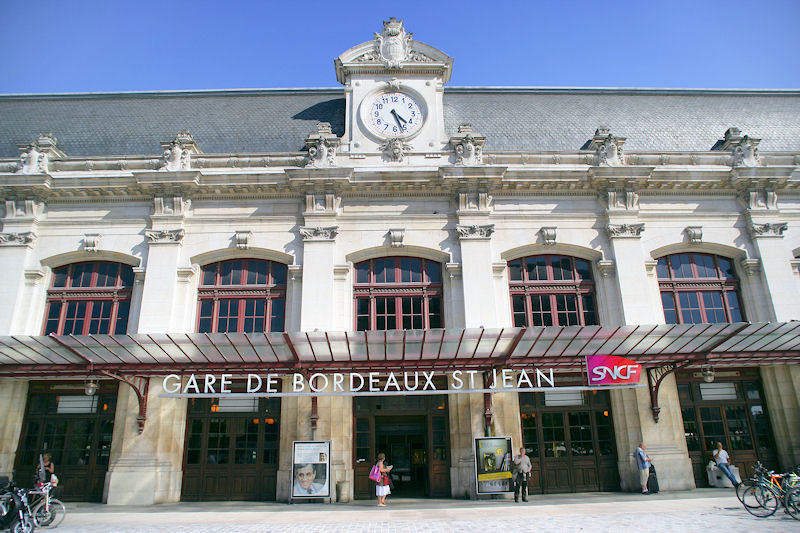 Hotels Gtes et Chambres dhtes  proximit de la Gare de Bordeaux Saint Jean