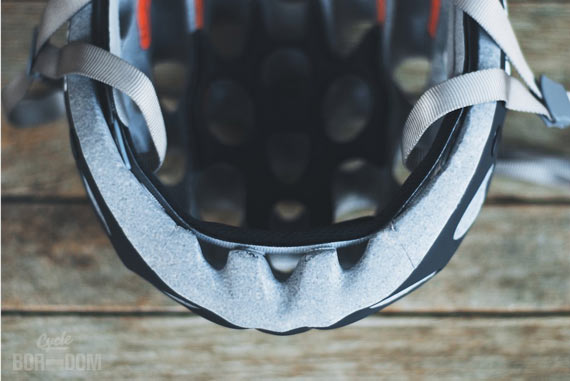 First Look: Catlike Whisper Helmet | Inside