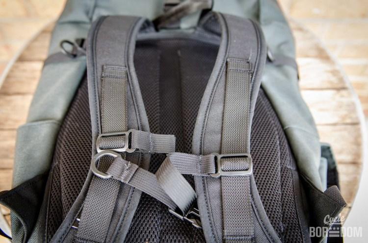 north-st-clinton-straps
