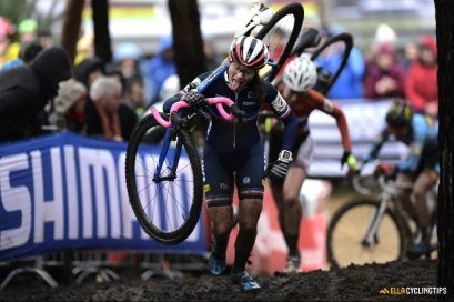 Van Dessel Factory Team Signs Caroline Mani and Announces Cyclocross Roster