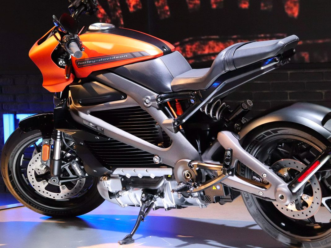 hight resolution of harley live wire