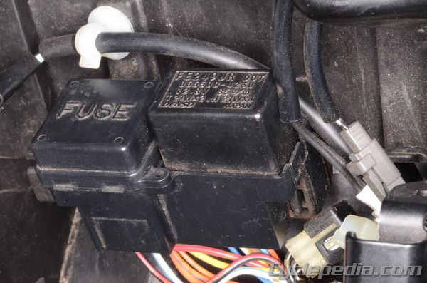 2002 sv650 wiring diagram 2005 f350 fuse box under rear seat : 30 images - diagrams   creativeand.co