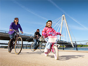 Family bike rides in Southport Merseyside