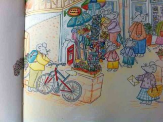 The Mousehole Mice by Michelle Cartlidge is a kids book about cycling and using public transport