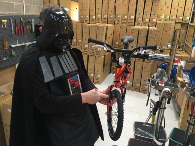 Darth Vader assembling an Islabike