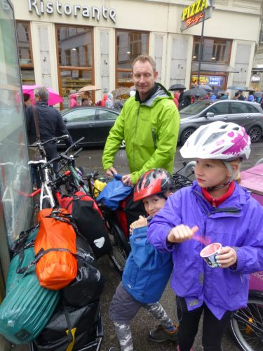 Family cycling holiday fun!
