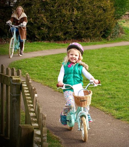 Bobbin Gingersnap and Brownie Bikes - some of the girls bikes available