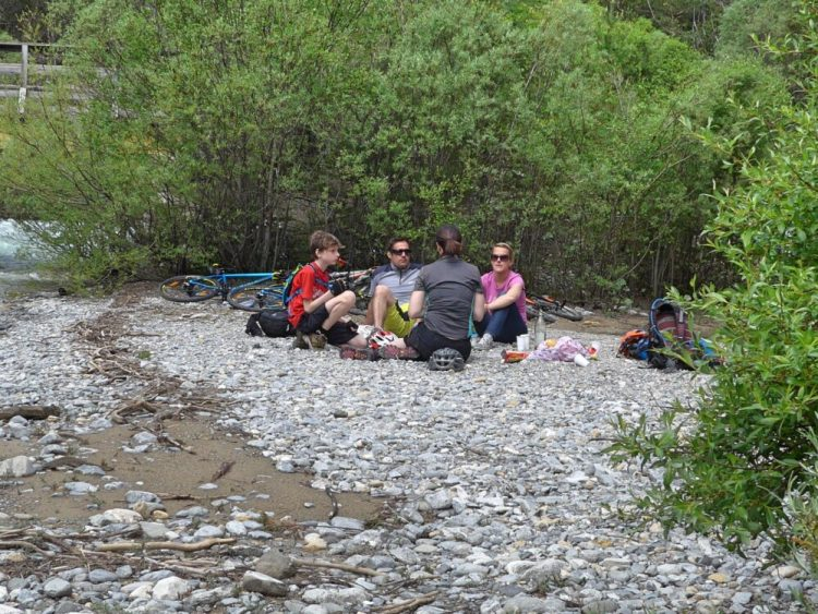 Vallée de la Clarée in the French Alps - enjoying a picnic during our family cycling ride