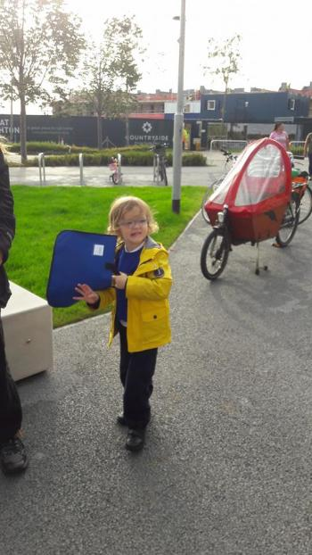 Cargo bike on first day at school