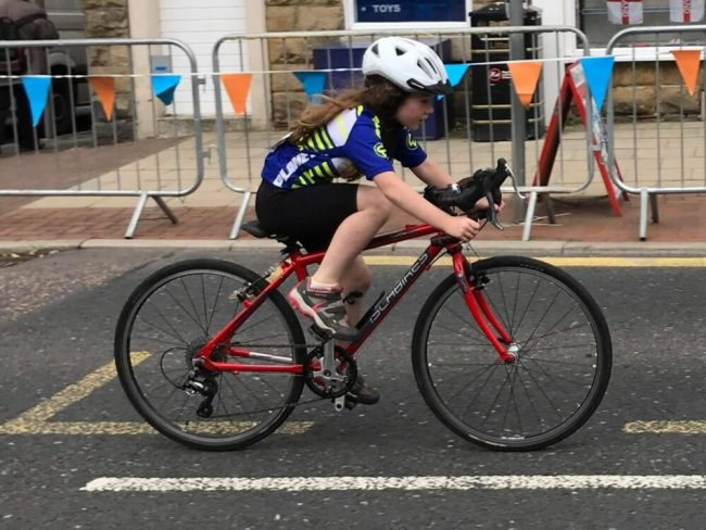 Islabikes Luath in road race