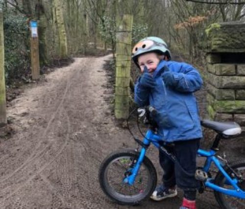 Review of the Mini Hornit kids cycling helmet test