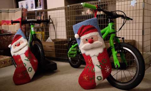 Ideas for easily wrapping a kids bike this Christmas