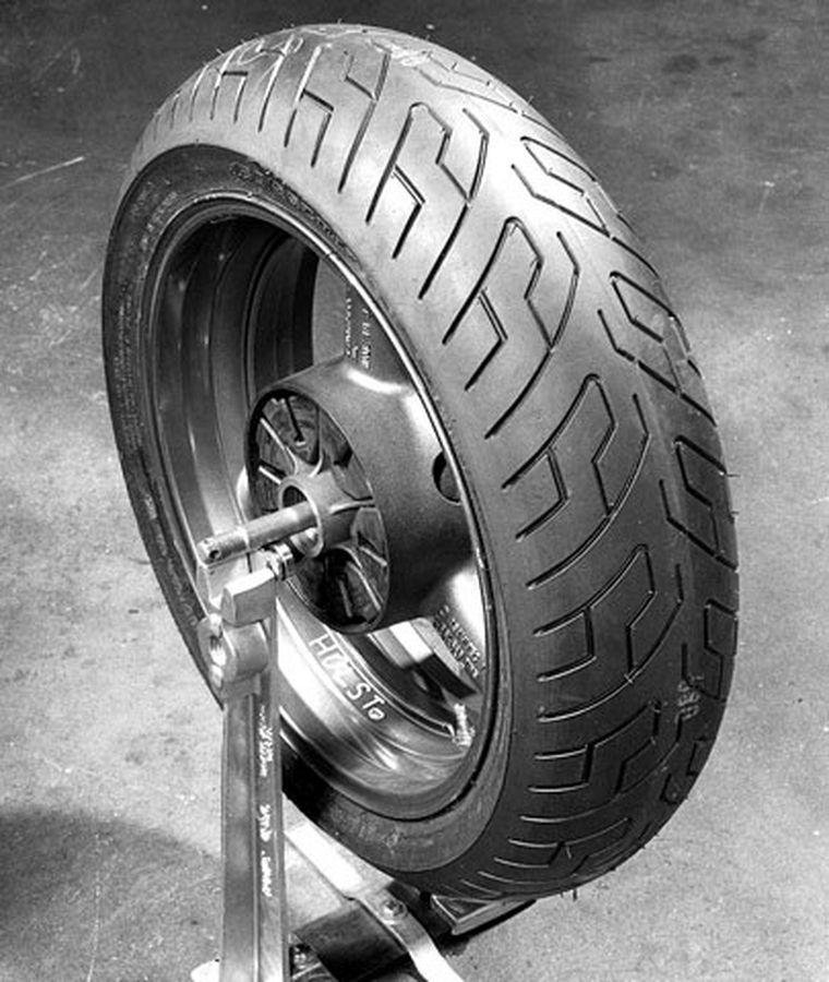 Motorcycle Tire Mounting And Balancing
