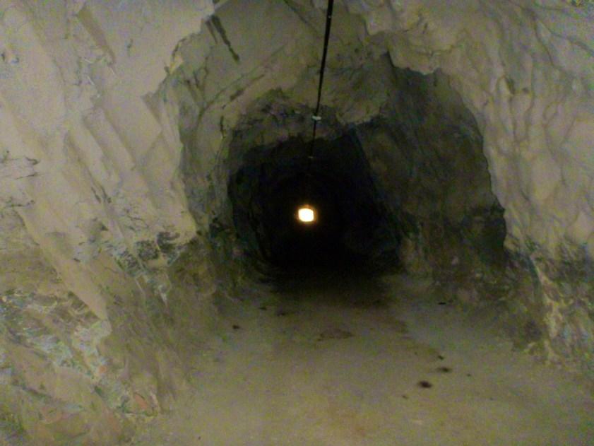 Dark, and narrow.  Beware of marmottes.