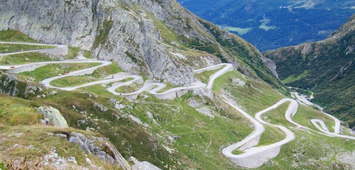 Ten Cycling Climbs For Hairpin Lovers