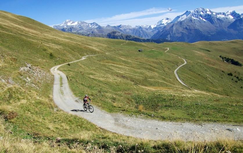 Road to Col du Jovet