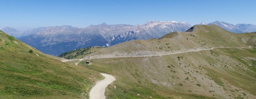 Col Basset at left, start of Strada dell'Assietta to right