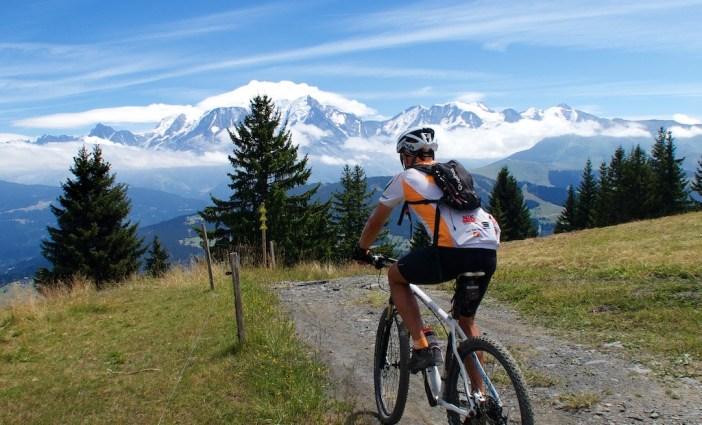 Road to Col du Jaillet