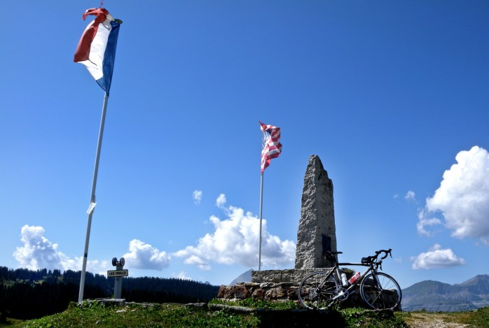 USA/France WW2 memorial at Saisies