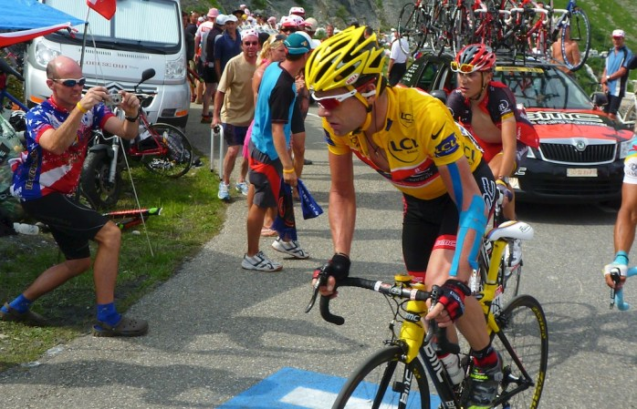 Cadel Evans in yellow
