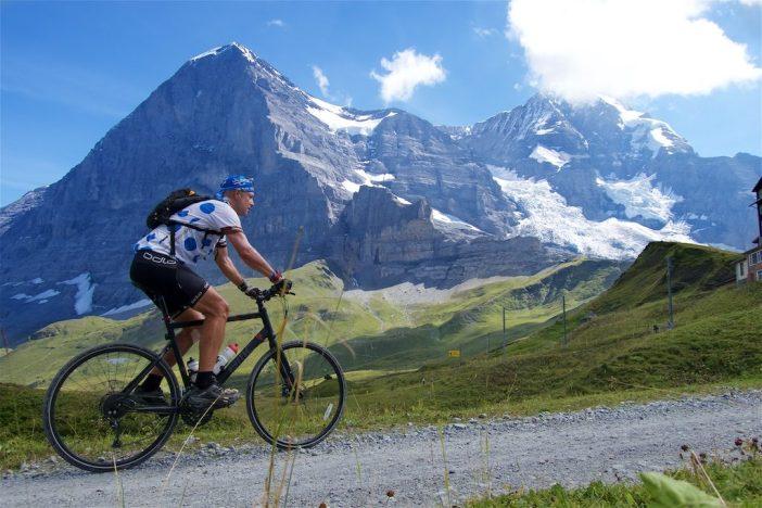 heading to Klein Scheidegg