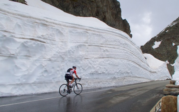 Now that's a snow wall!