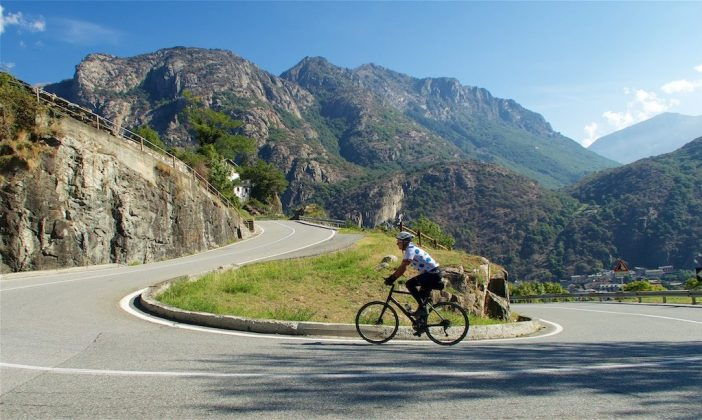 The few 3 kilometres are great - hairpins