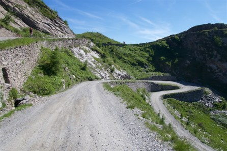 Last 2 hairpins, colle above