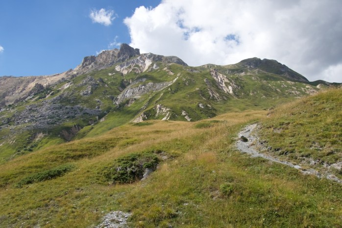 Hiking from Col
