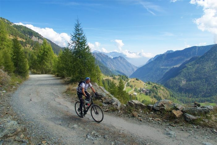 on the way to Lago Misérin  At roughly 1800m