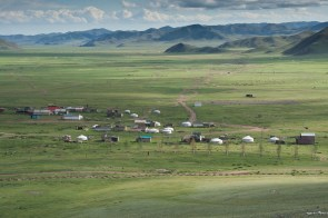 The village of Amarbayasgalant