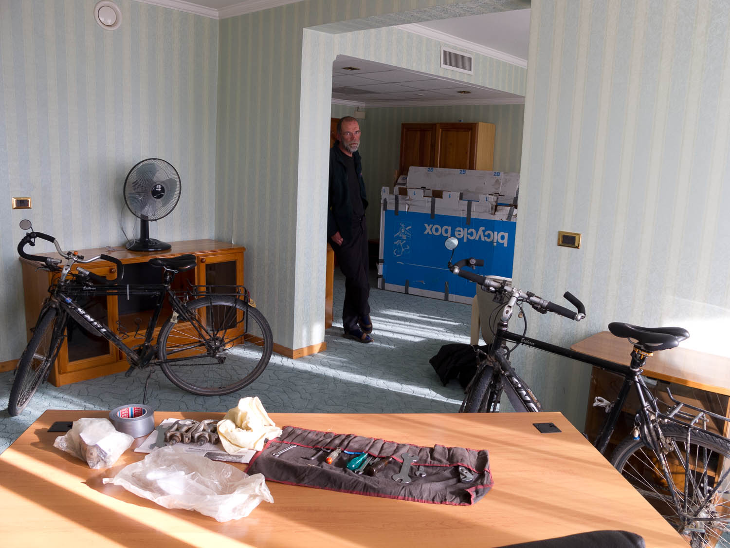 Packing the bikes in hotel