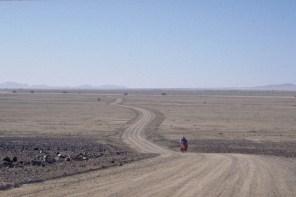 Road to Swakopmu'nd
