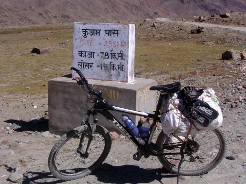 Kunzum Pass Cycling