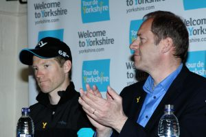 Christian Prudhomme applauds 2015 Winner, Lars-Petter Nordhaug, Team Sky.