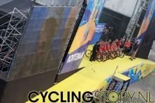 Lance Armstrong wordt geïnterviewd (foto: © Laurens Alblas / Cyclingstory.nl)