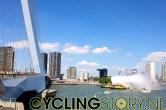 De boten van de Port of Rotterdam spuiten intussen feestelijk erop los (foto: © Laurens Alblas/Cyclingstory.nl)