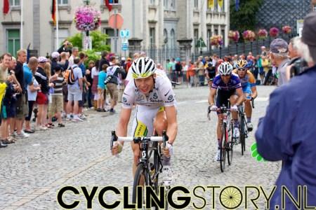 Ook witte truidrager Martin kwam zonder kleerscheuren naar beneden over de Stockeu (foto: © Laurens Alblas/Cyclingstory.nl)
