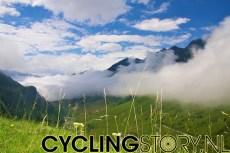 En met het mooie weer zagen we het prachtige uitzicht (foto: © Laurens Alblas/Cyclingstory.nl)