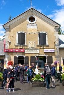 Het cafeetje op de top van de Col. (© 2011 Laurens Alblas / Cyclingstory.nl)