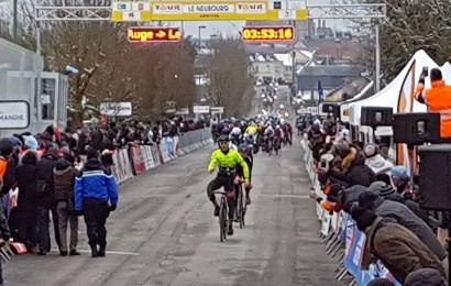 Tre danskere i top-11 på 1. etape i Normandiet