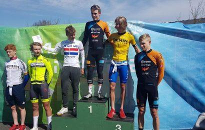 Demin Cup-sejr til Mattias Skjelmose. Jacob Hindsgaul i førertrøjen