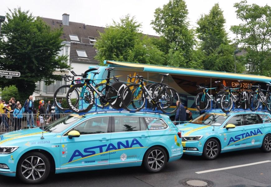 Astana skifter navn. Hvad med cykelteamet?